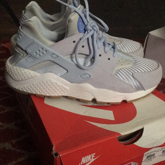 huge selection of 49770 c33dc Baby Blue Nike Air Huarache Run TXT NWT